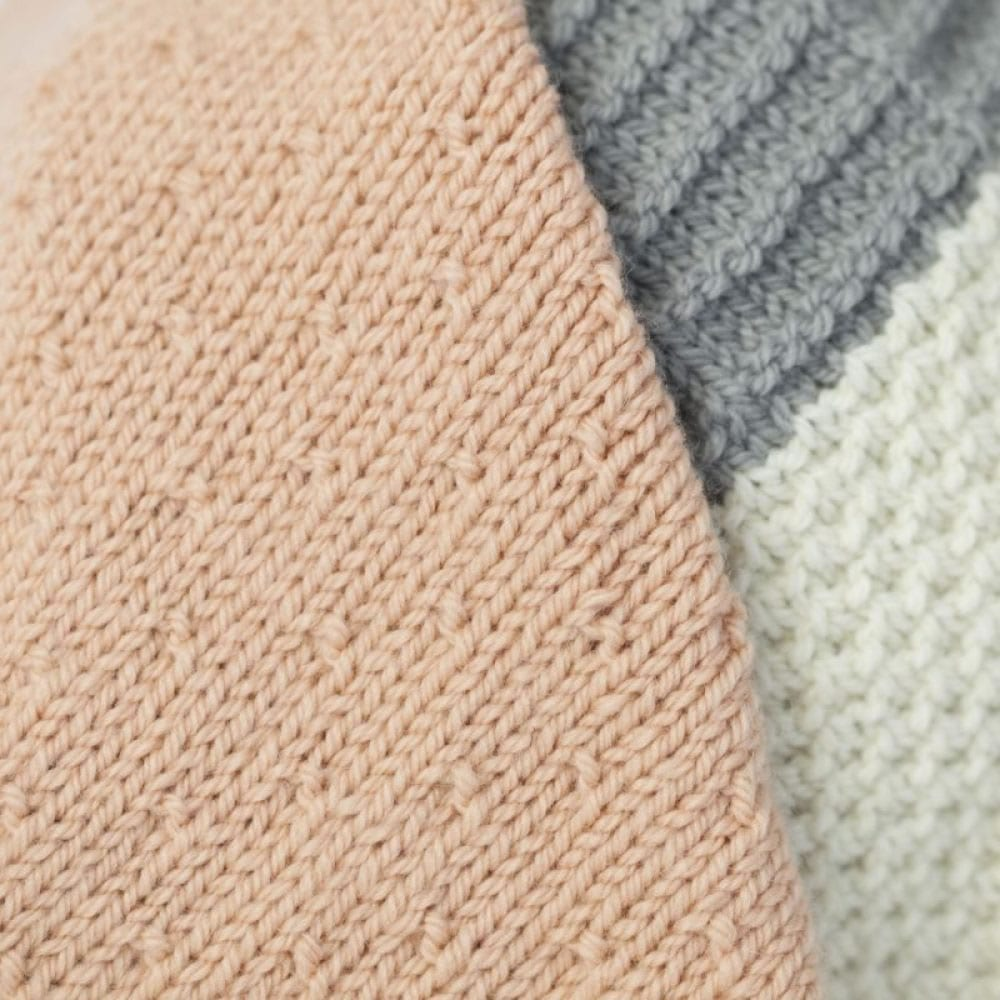 Textured Knit Blanket in Sumptuous