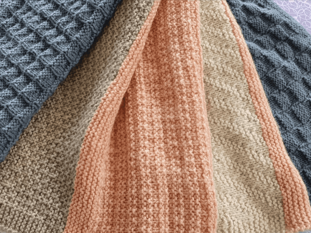 The Woven Co Geometric Delight Textured Blanket standard edition